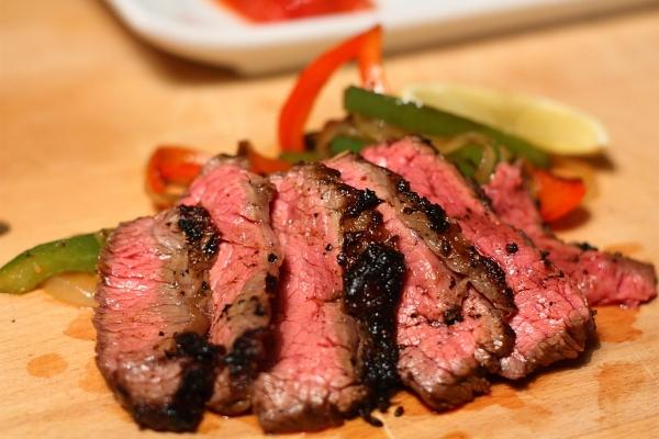 فاهيتا لحم