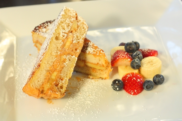 peanut butter french toast sandwhich
