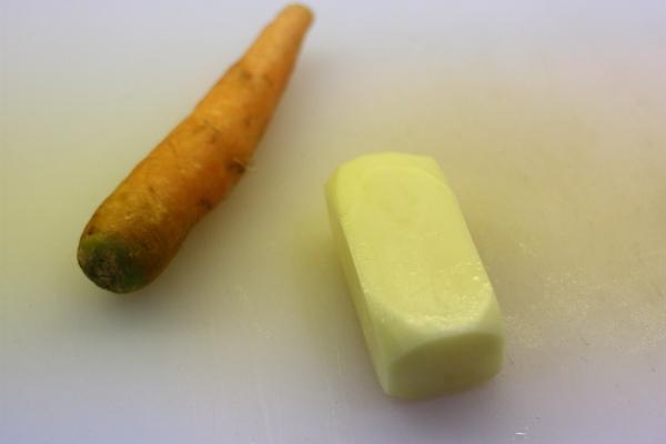 cutting potato